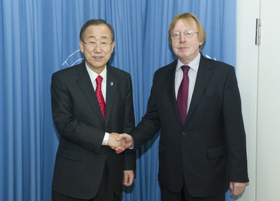 Secretary-General Meets President of INCB