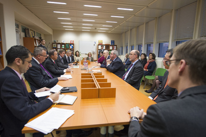 Secretary-General Ban Ki-moon (third from left) meets with senior officials of the UN Commission on International Trade Law (UNCITRAL) in Vienna, Austria.   With Mr. Ban, second from left, is Yury Fedotov, Executive Director of the UN Office on Drugs and Crime (UNODC) and Director-General of the UN Office in Vienna (UNOV). 26 November 2012 Vienna, Austria