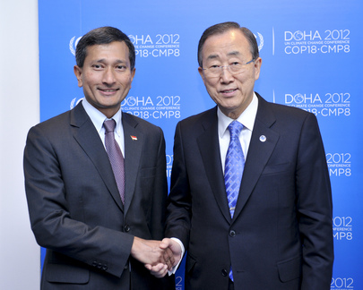 Secretary-General Meets Singapore Environment Minister at Doha