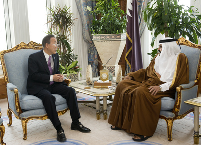 Secretary-General Meets Amir of Qatar