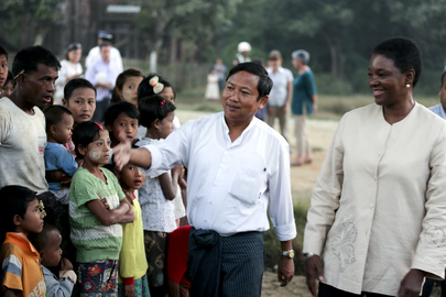 UN Humanitarian Chief Visits Myanmar