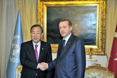 Secretary-General Meets Turkish Prime Minister in Ankara
