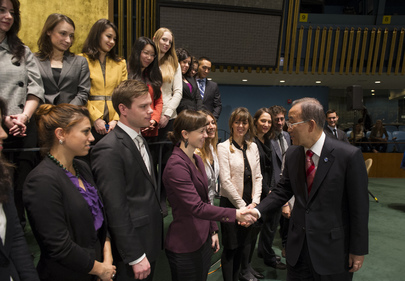 Secretary-General Meets UN Interns