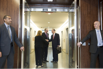 Secretary-General Returns to Offices in Secretariat Building