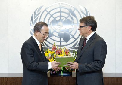Permanent Representative of Ecuador Presents Credentials