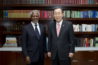 Secretary-General Meets Former UN Chief