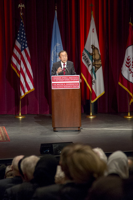 Secretary-General Delivers Lecture at Stanford University