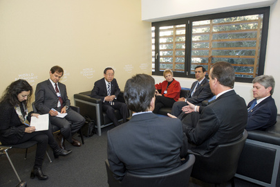 Secretary-General Meets US Congressional Delegation in Davos