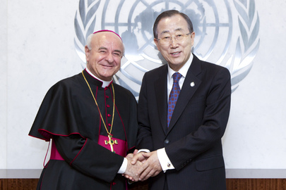 Secretary-General Meets Head of Holy See Council on Family