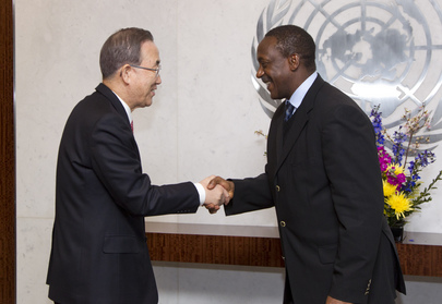 Secretary-General Meets His Special Representative on Sustainable Energy