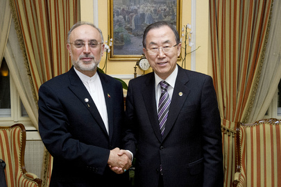 Secretary-General Meets Foreign Minister of Iran