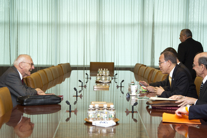 Secretary-General Meets Former Head of International Court