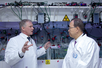 Secretary-General Visits IAEA Environmental Laboratories in Monaco