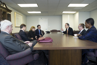 Secretary-General in Washington with His Senior Staff