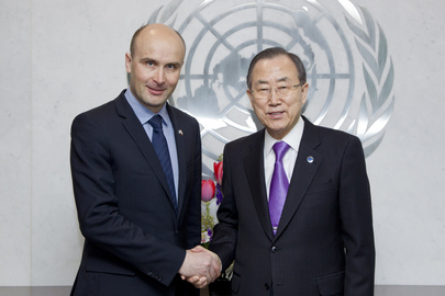 Secretary-General Meets with Polish Minister of Environment