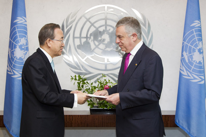 Permanent Representative of Greece Presents Credentials