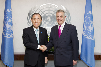 Secretary-General Meets Permanent Representative of Greece