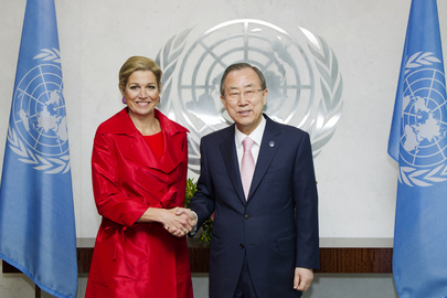 Secretary-General Meets Queen of Netherlands