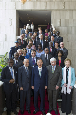Secretary-General Meets MONUSCO and UN Country Team Leaders in Kinshasa