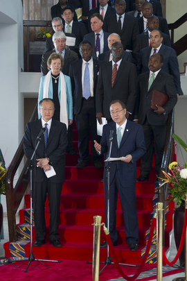 Heads of UN and World Bank Speak to Press in Kinshasa