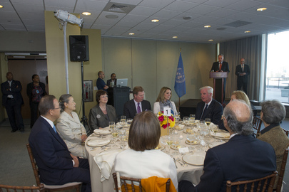 Secretary-General Hosts Dinner in Honour of IOC President