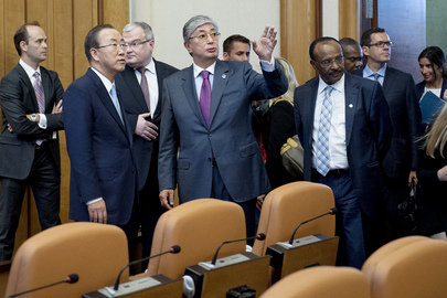 Secretary-General Visits Renovated Conference Room at UNOG