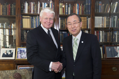 Secretary-General Meets President of Iceland