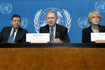 Michael Kirby (centre), Chairperson of the of the Commission of Inquiry on the Democratic People's Republic of Korea (DPRK), speaks at a press conference given by the Commission. Mr. Kirby is flanked by Marzuki Darusman (left), Special Rapporteur on the DPRK, and Sonja Biserko, Founder and President of the Helsinki Committee for Human Rights in Serbia.   The three Commissioners welcomed the large amount of information being provided by witnesses and experts in efforts to investigate human rights violations in the DPRK and said they intend to continue to reach out to the Government of the DPRK and to seek its cooperation. 05 July 2013 Geneva, Switzerland