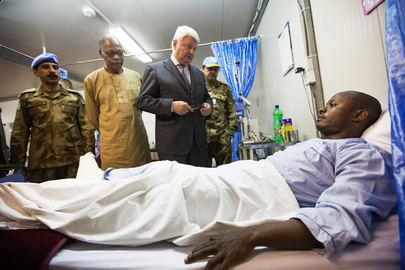 Head of Peacekeeping Visits East Darfur