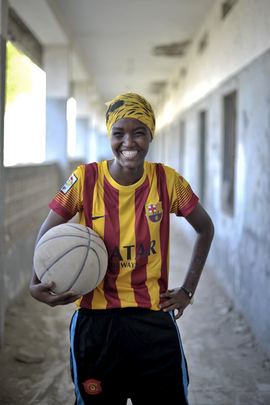Basketball Rebounds in Mogadishu