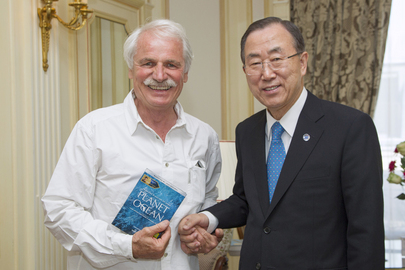 Secretary-General Meets Photographer and UNEP Goodwill Ambassador