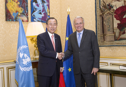 Secretary-General Meets French Prime Minister
