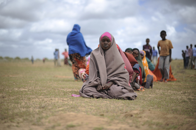 AMISOM Helps Humanitarian Workers Distribute Food in Afgoye, Somalia