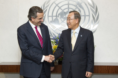 Secretary-General Meets Prime Minister of Greece