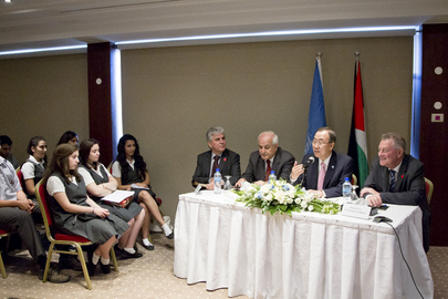 Secretary-General Takes Part in Model UN in Ramallah