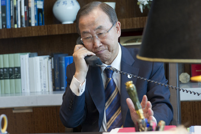 With the Syrian crisis uppermost on his agenda and back at UN headquarters in New York after cutting short an official visit to Austria, Secetary-General Ban Ki-moon continues to consult with world leaders by phone, as he prepares to be briefed over the weekend by the UN investigation mission on the alleged use of chemical weapons in Syria. 30 August 2013 United Nations, New York