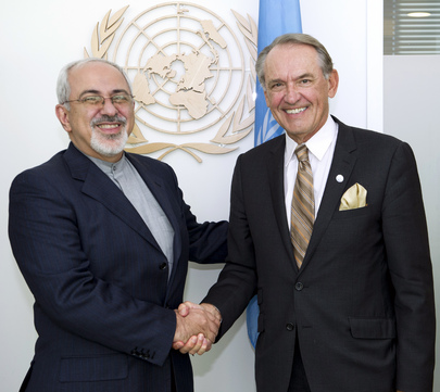 Deputy Secretary-General Meets Foreign Minister of Iran