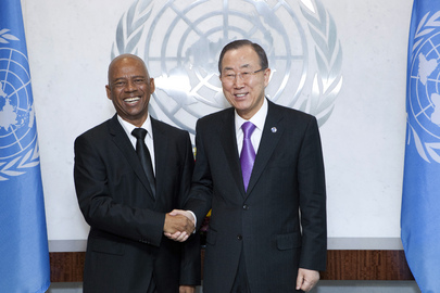 Secretary-General Meets Foreign Minister of Suriname