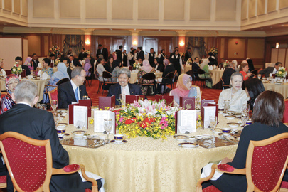 Secretary-General Attends Working Lunch Hosted by Foreign Minister of Brunei