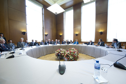 """E3+3"" Countries Meet with Iranian Officials in Geneva"