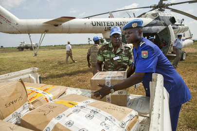 UNAMID Delivers School Supplies to West Darfur Camp