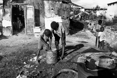 Making of Aluminium Cooking Pots in Cité Soleil, Haiti
