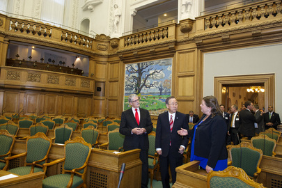 Secretary-General Tours Danish Parliament