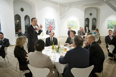 Secretary-General Attends Dinner with Danish Climate Minister