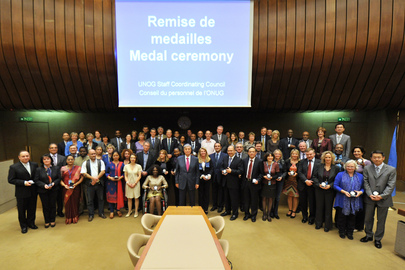 UNOG Awards Medals to Staff with Long Service on UN Day