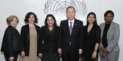 Secretary-General Meets 2013 Dag Hammarskjöld Journalism Fellows