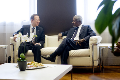 Secretary-General Meets Former Secretary-General Annan
