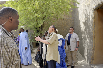 Secretary-General Visits Djingareyber Mosque in Timbuktu