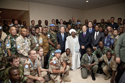 Secretary-General Meets MINUSMA Military Personnel