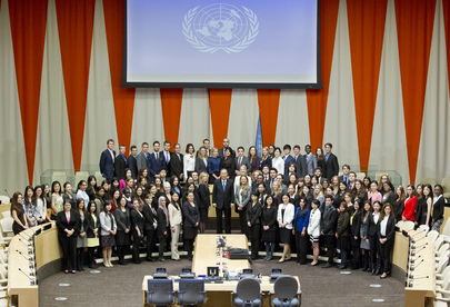 Secretary-General Meets Fall 2013 UN Interns